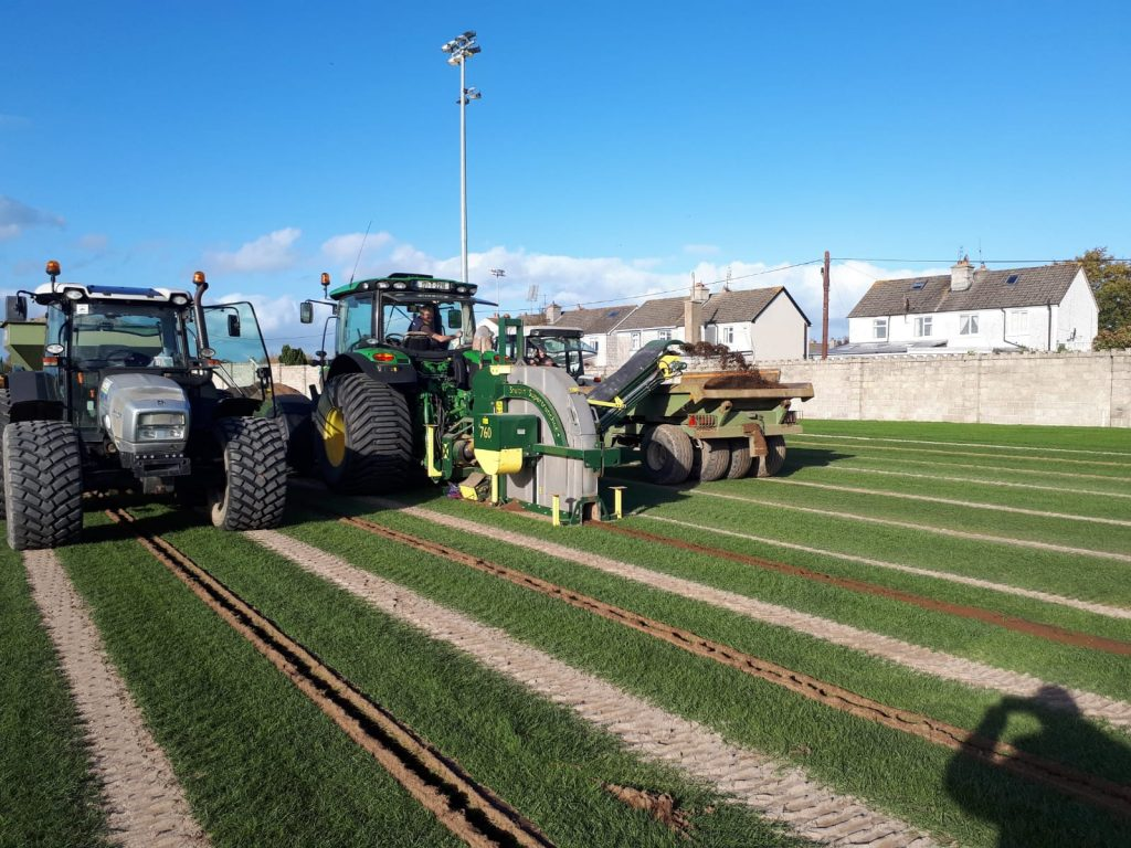 slit drainage is carried out in dr morris